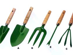 How to put together a gardening kit